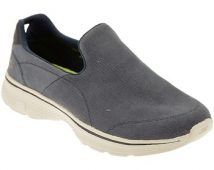 Slip on Skechers –